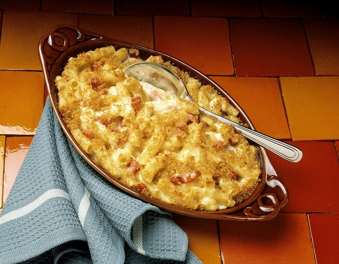 Macaroni and Cheese Casserole with Crumb Topping; Ham
