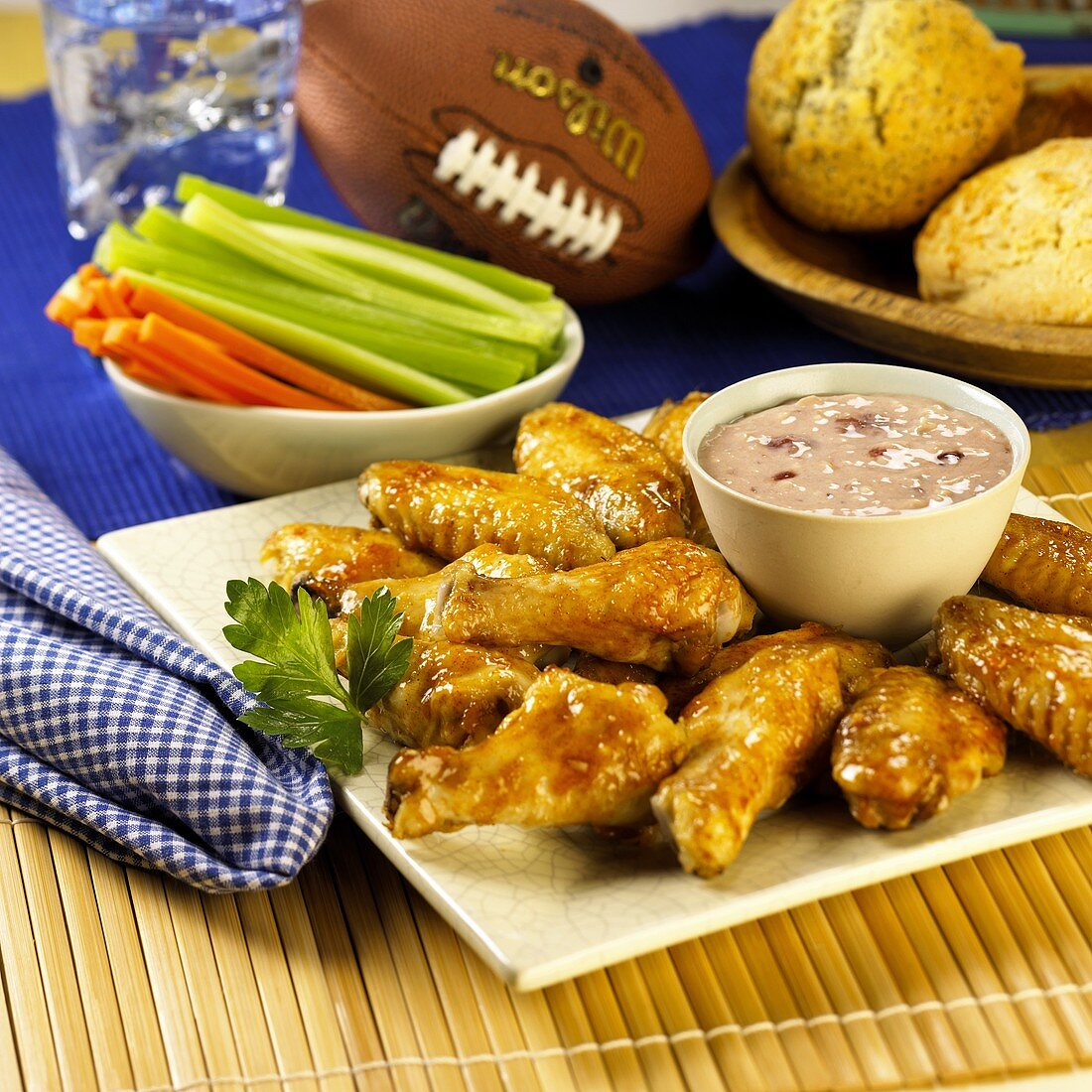 Buffalo wings with strawberry dip