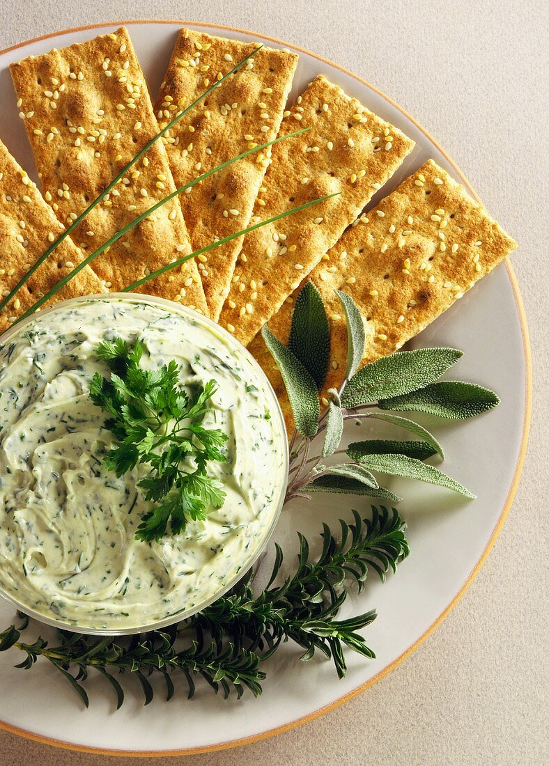 Whole Wheat Crackers with Creamy Basil Dip