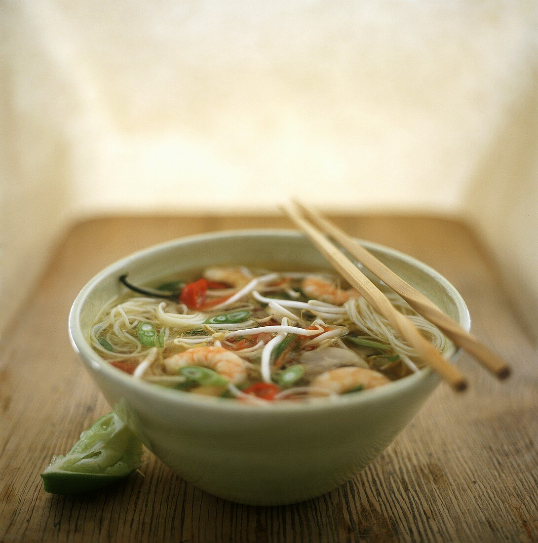 Noodle soup with shrimps, chillies and limes (Thailand)