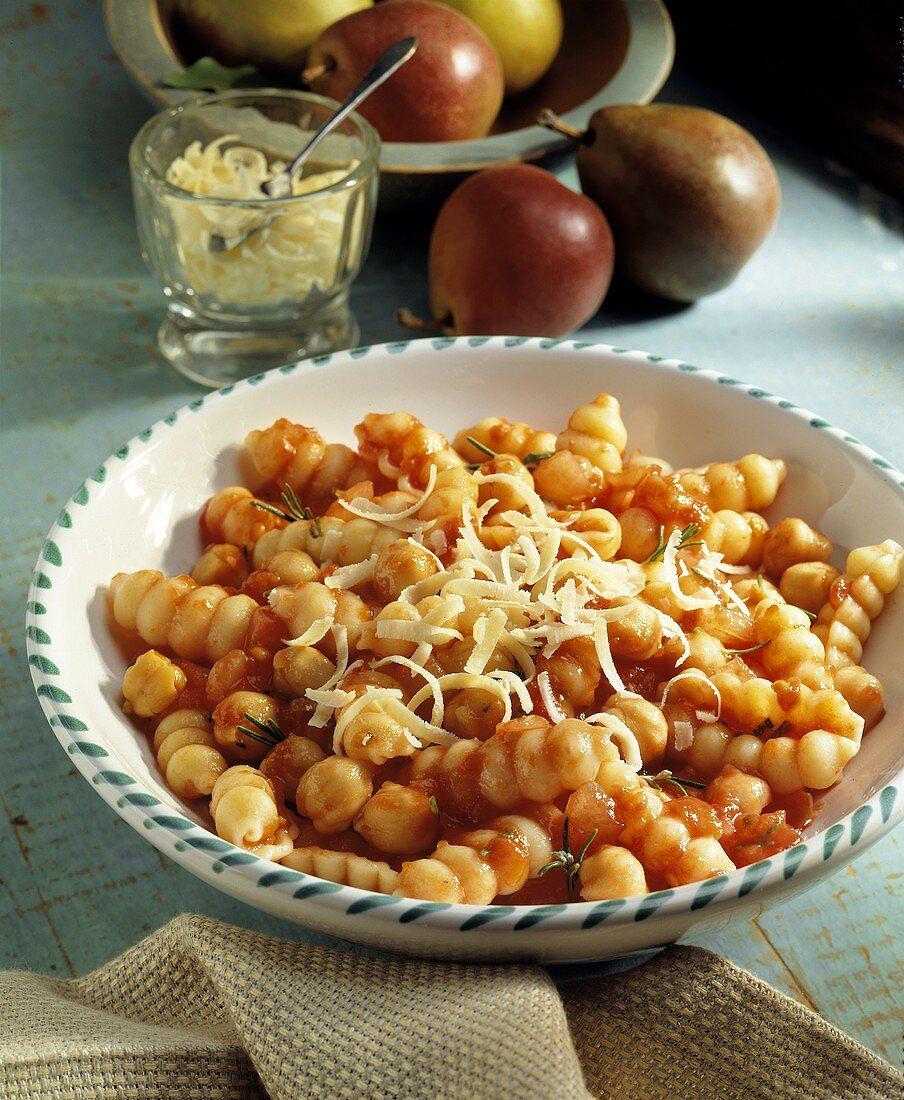 Pasta e fagioli (Pasta with beans and tomato sauce, Italy)