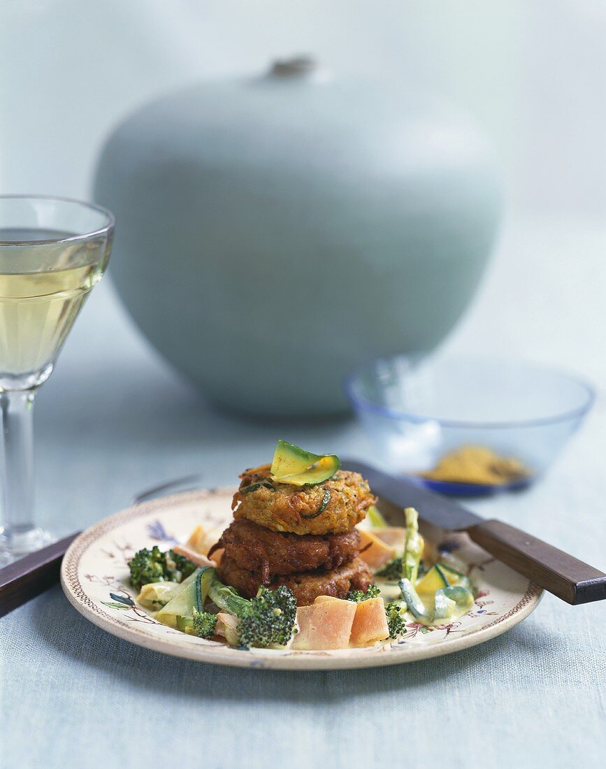 Curried couscous burgers with vegetables