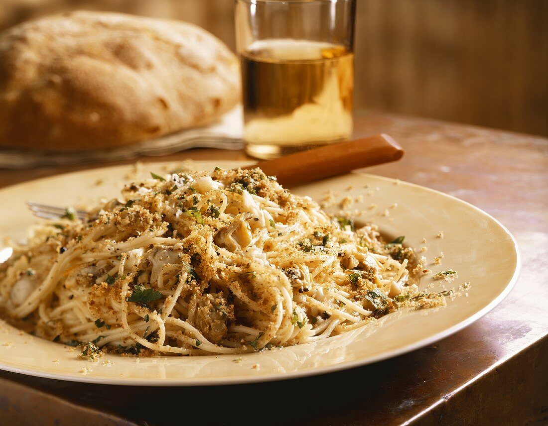 Vermicelli with Clam Sauce and Bread Crumbs