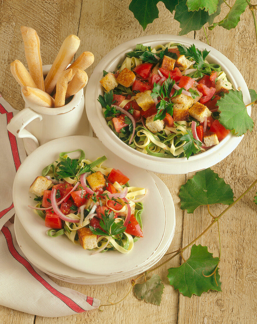 Pasta Salad with Fettucine, Tomato, Red Onion and Croutons
