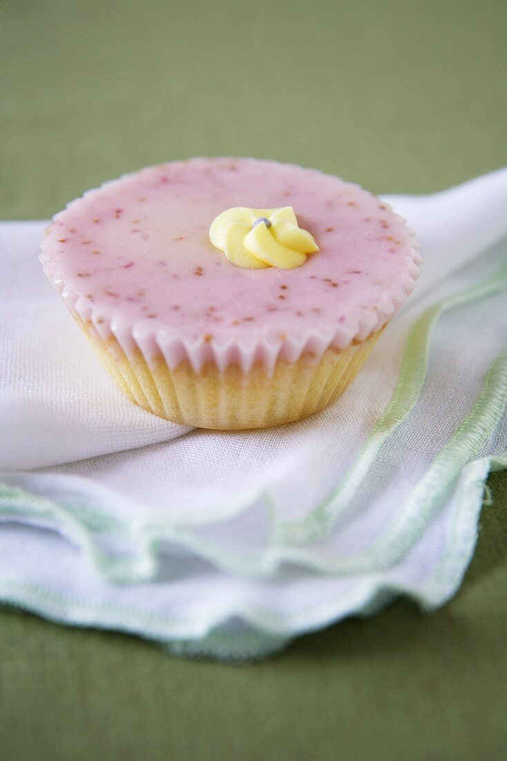 Elderflower Fairy Cake (Cupcake)