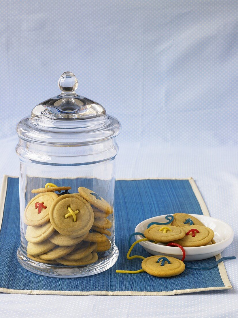 Maple Sugar Button Cookies in a Jar and On a Plate
