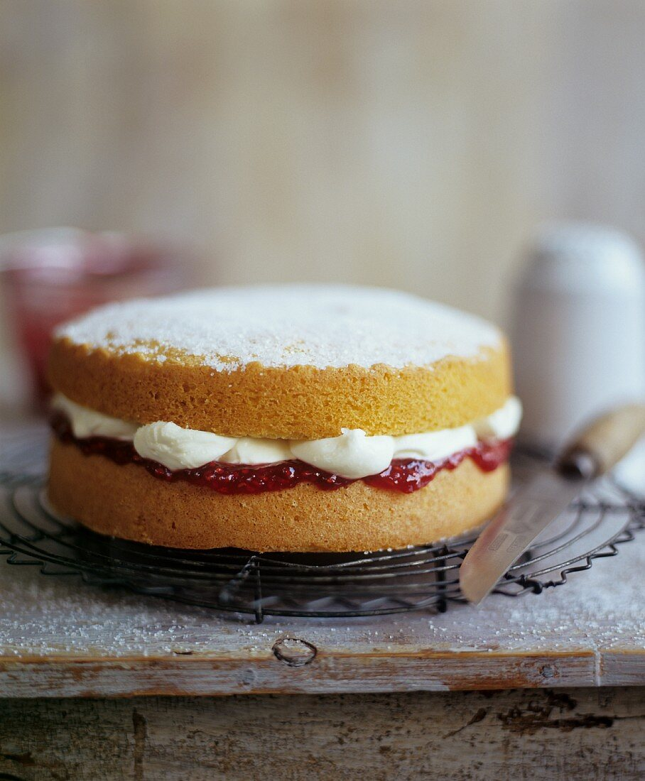Sponge Cake with Cream and Strawberry Preserve Filling