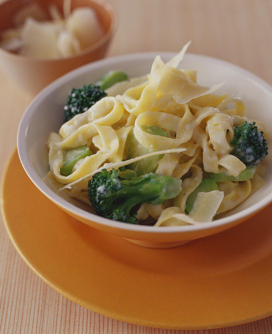 Broccoli Fettuccini Alfredo in a Bowl