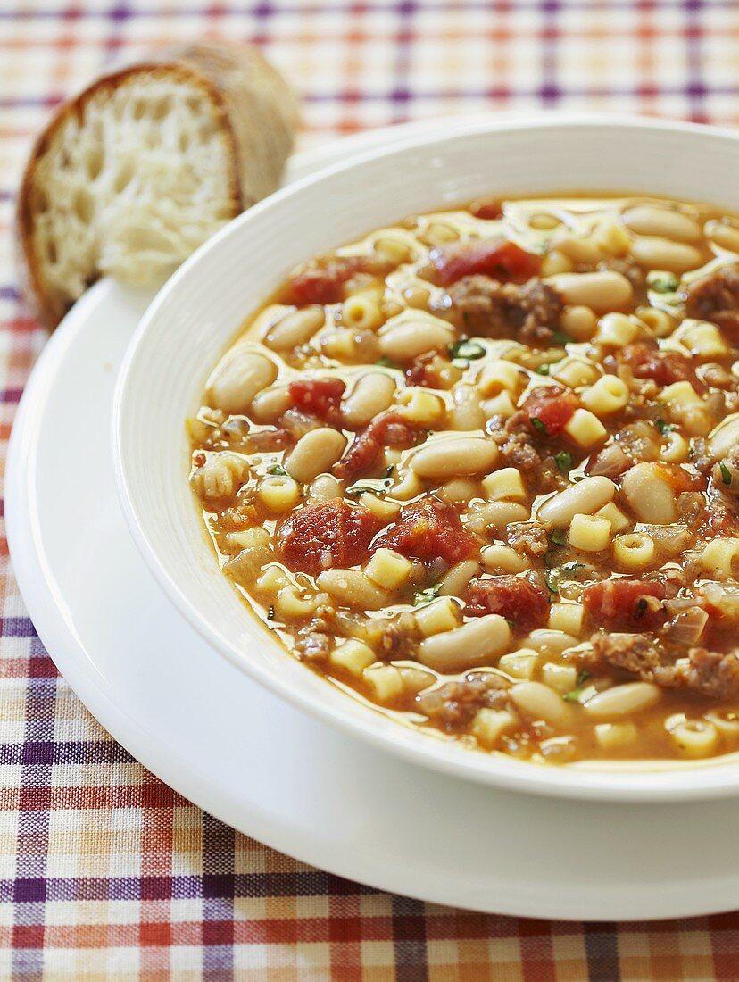 Zuppa con pasta e fagioli (Thick soup with pasta and beans)
