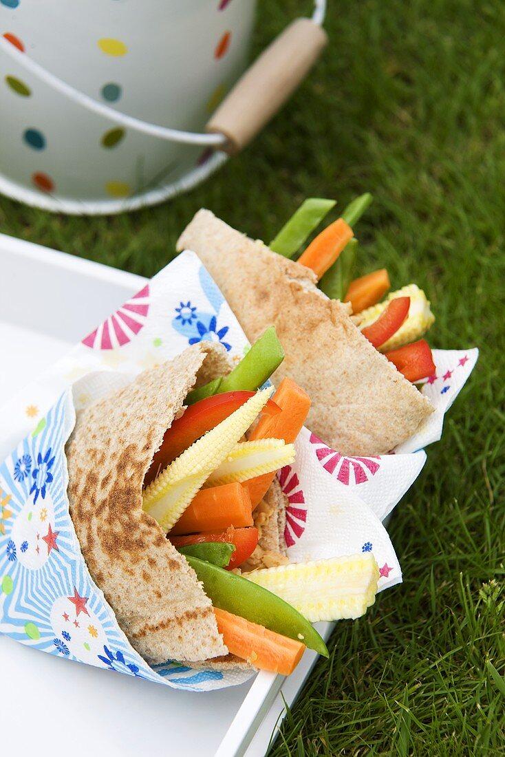 Crunchy Vegetable Pita Sandwiches