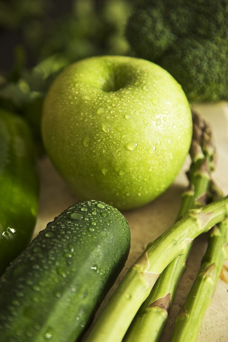 Organic Green Fruit and Vegetables; Wet