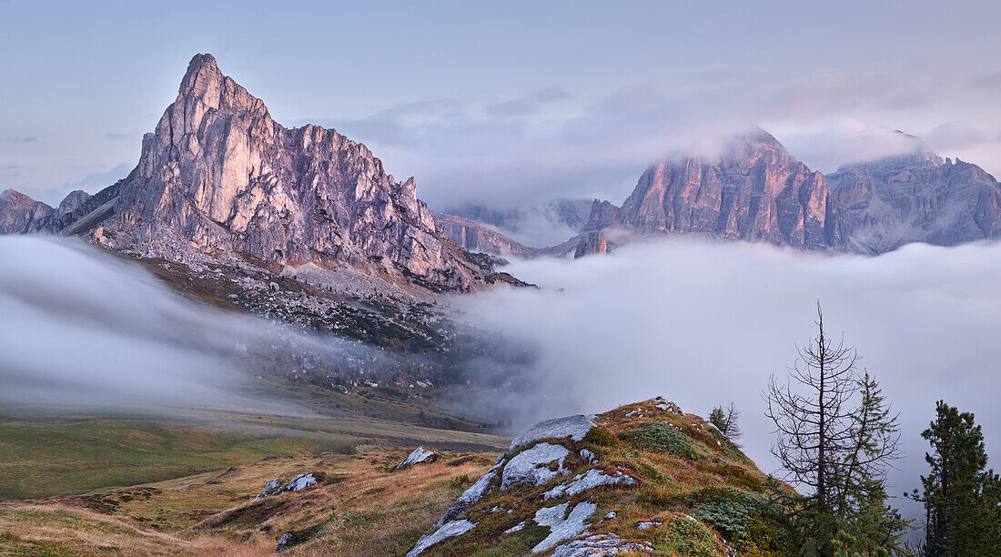 Monte Tofana di Rozes Nuvolau, Veneto, Italy, Passo di Giau