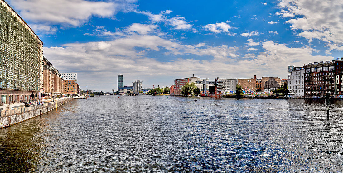 View from the Oberbaumbrücke on the Spree, Berlin, Germany