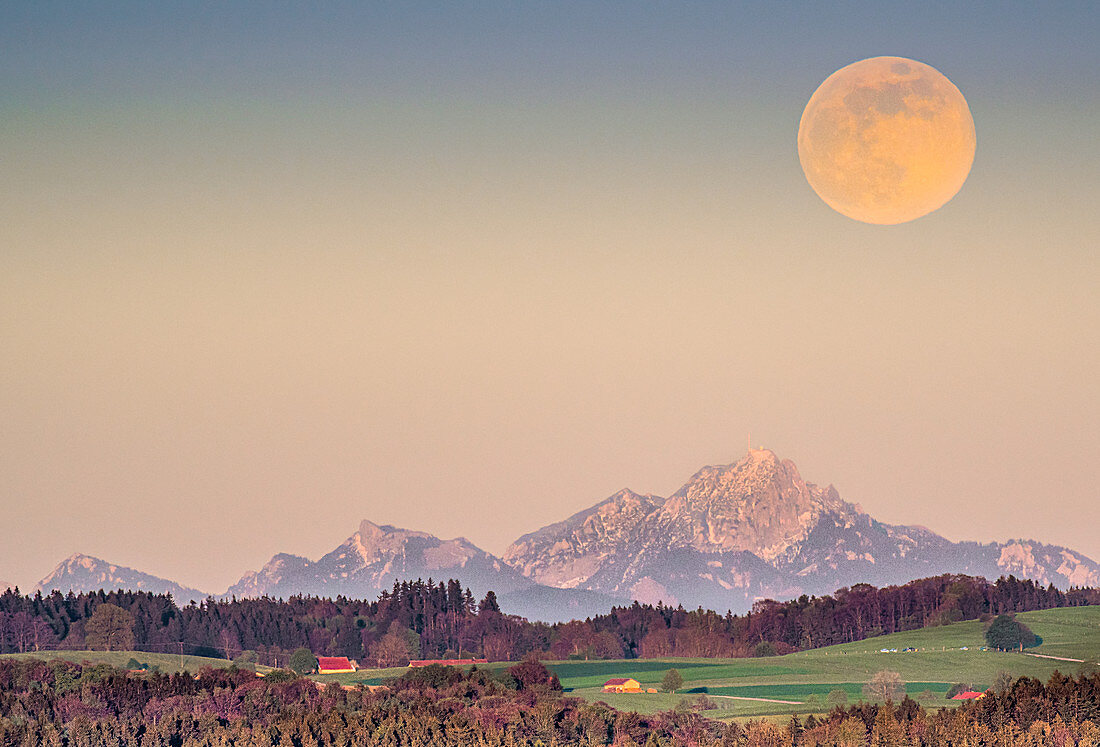Full moon with Zugspitzblick in Bavaria, Tutzing, Germany