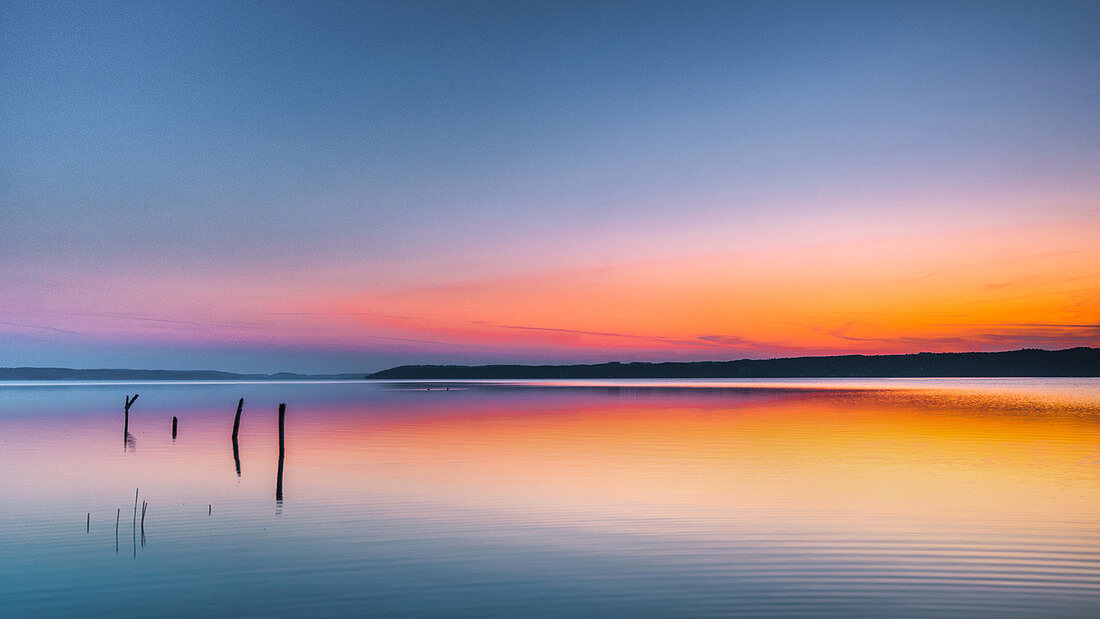 Sonnenaufgang am Starnberger See, Bernried, Deutschland