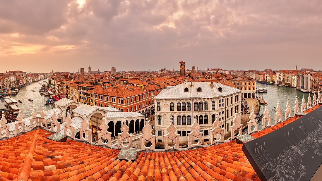 "Grand Canal and Rialto Bridge from the roof terrace ""Tedeschi"" in Venice, Panorama, Veneto, Italy"