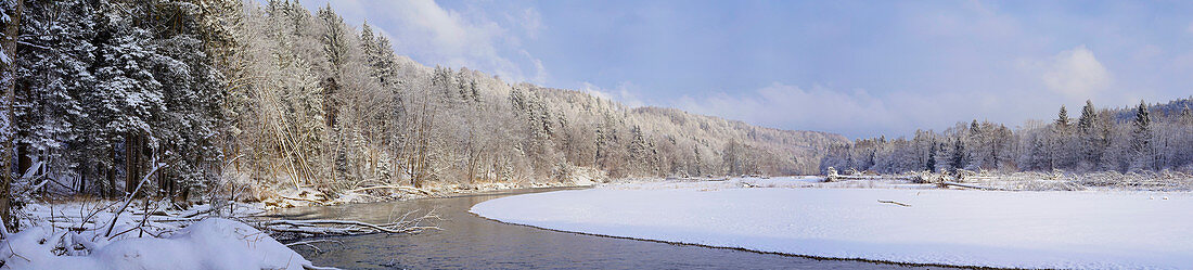 The Isar valley between Baierbrunn and Schäftlarn in winter, Bavaria, Germany, Europe
