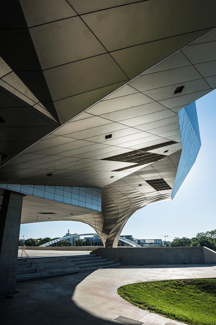 Musee des Confluences, architect Coop Himmelb (l) au, Lyon, Rhône department, Auvergne-Rhone-Alpes, France