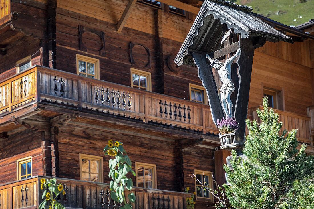 Alter Bergbauernhof in Innervillgraten, Villgratental, Osttirol, Tirol, Österreich