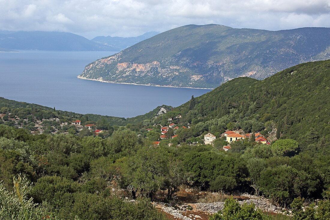 Katsarata mit seinem Blick über die Ostküste auf die Insel Ithaka, Insel Kefalonia, Ionische Inseln, Griechenland