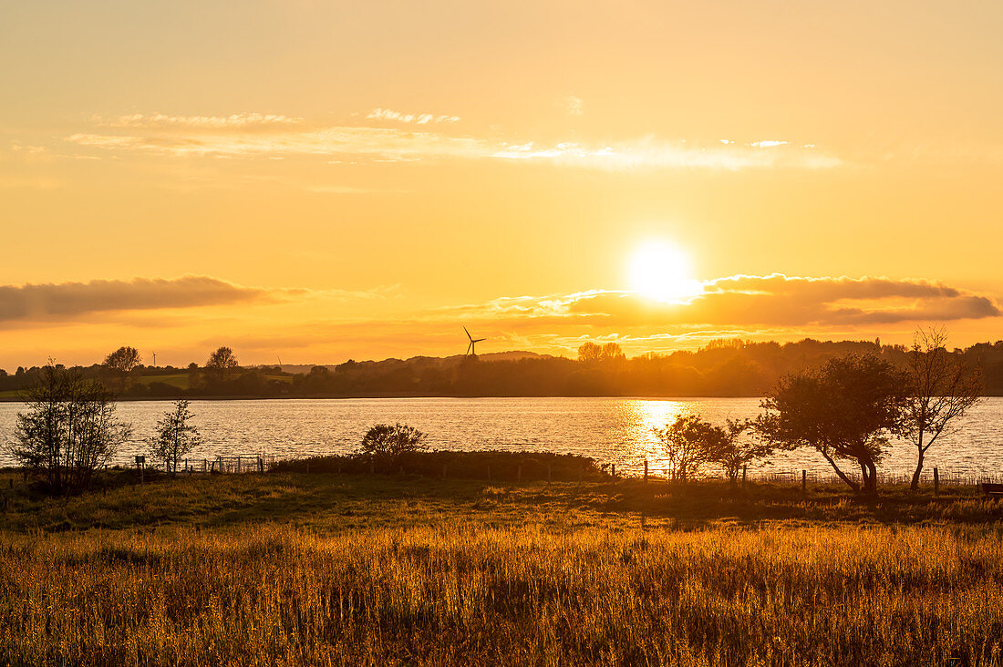 Sunset in Sieseby an der Schlei, evening mood, Schwansen, Thumby, Schleswig-Holstein, Germany