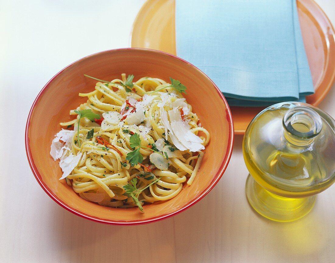 Pasta con aglio, olio e peperoncino (Scharfes Nudelgericht)
