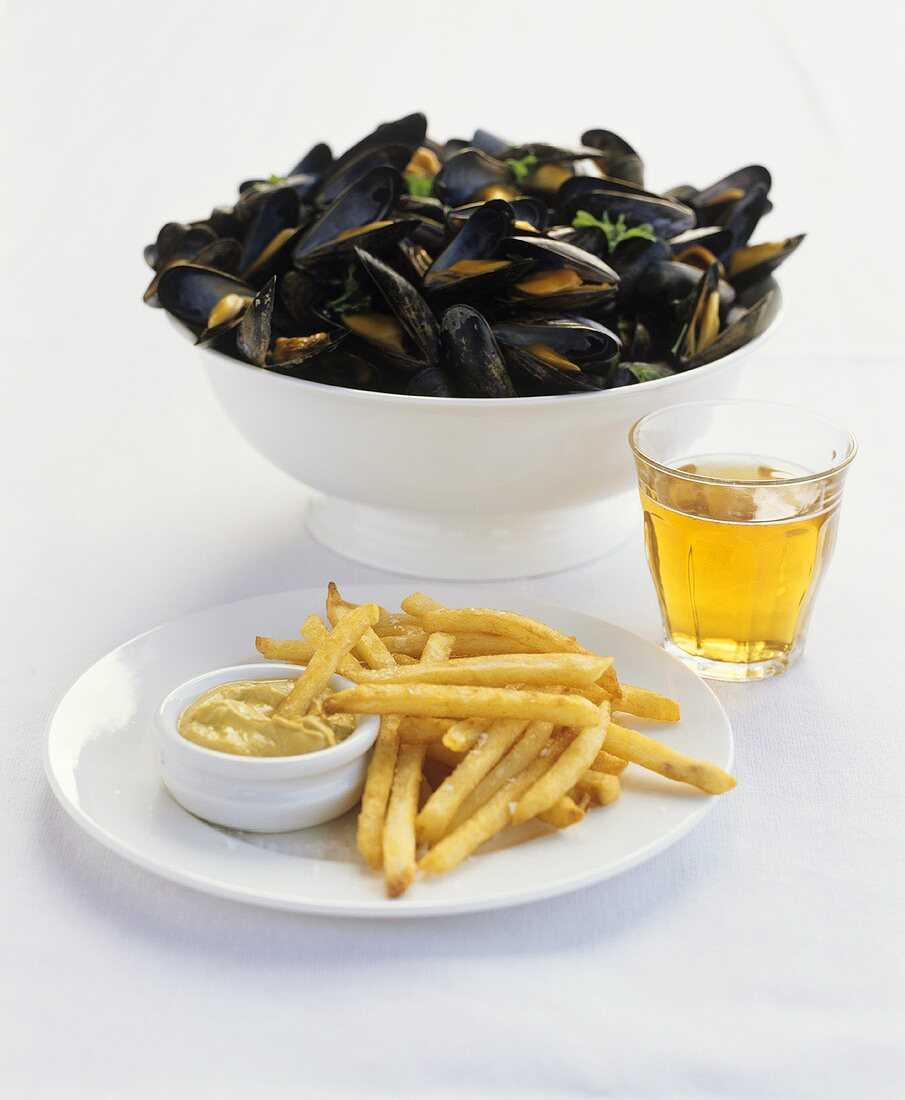 Mussels and chips (Belgium)