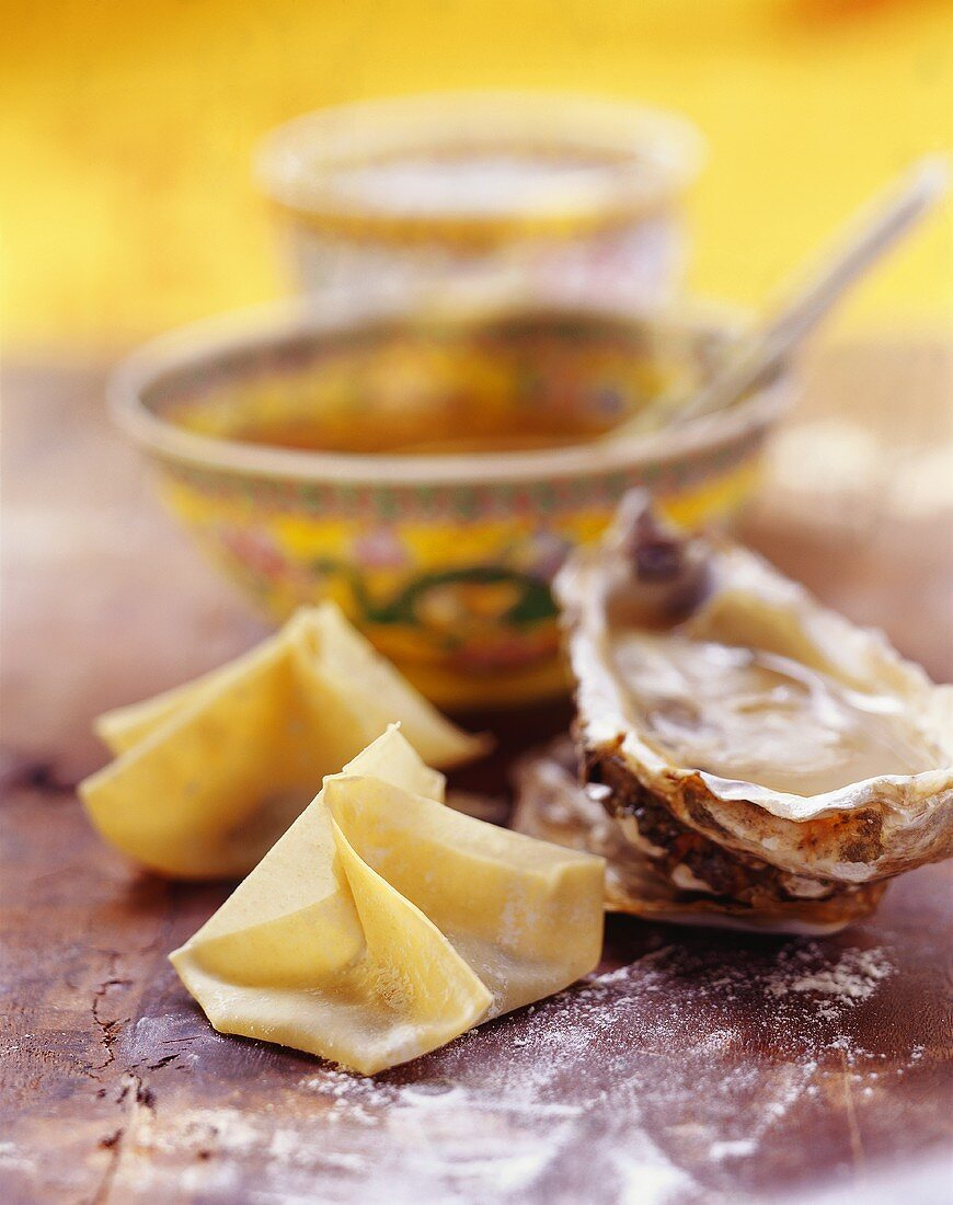 Oyster won tons for soup