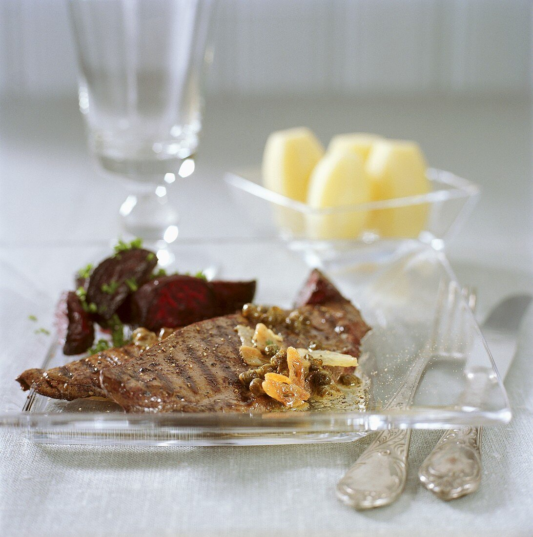 Grilled elk liver with beetroot