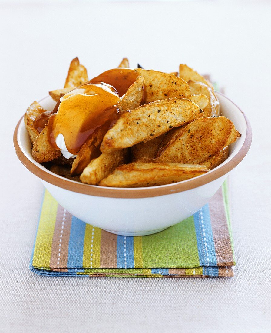 Country potatoes (oven-baked potato wedges)