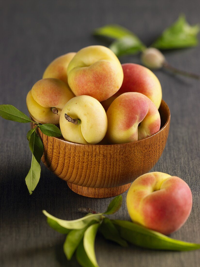 Apricots in a wooden bowl