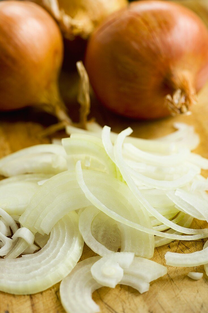 Brown onions, sliced and whole
