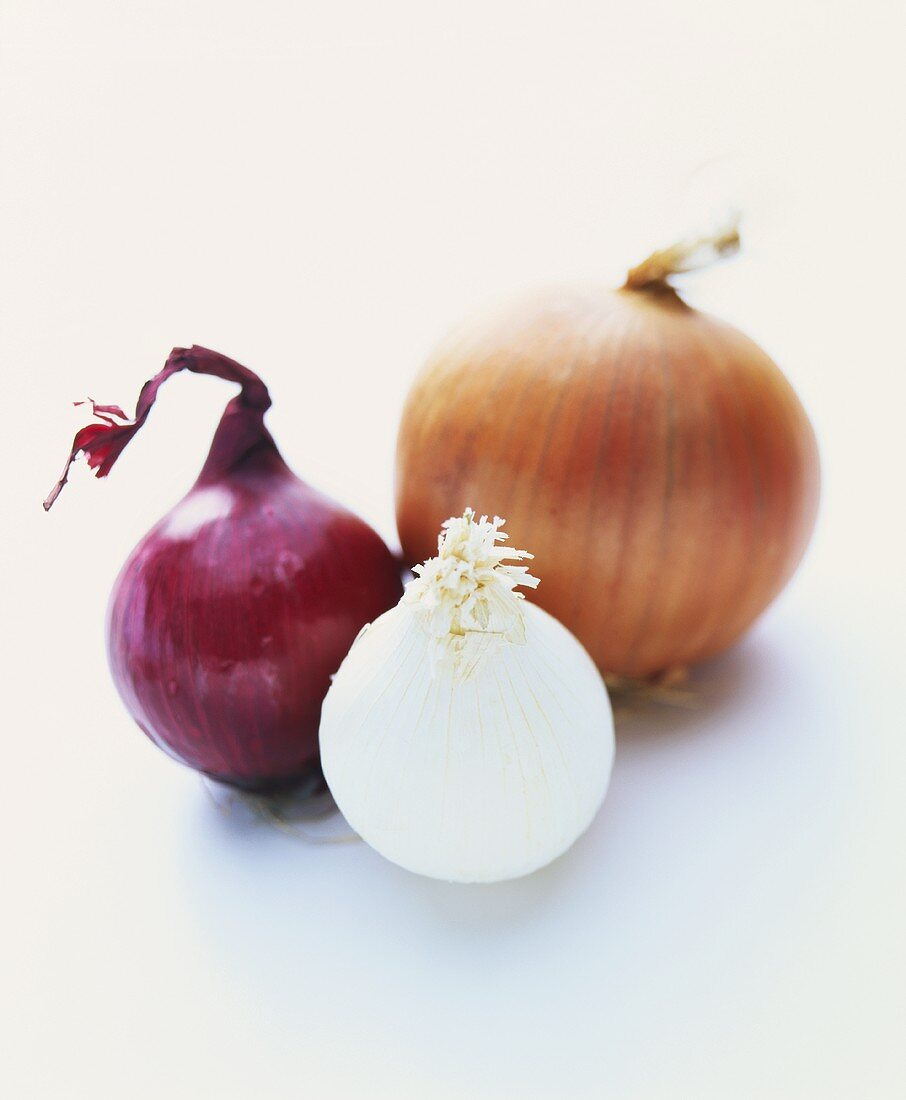 One red, one white and one brown onion
