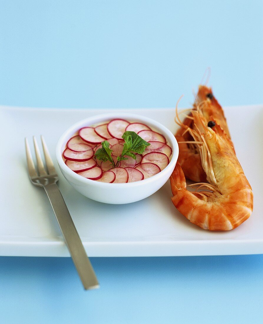 Prawns with asparagus mousse and radishes