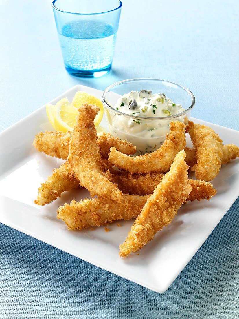 Breaded strips of fish with tartare sauce