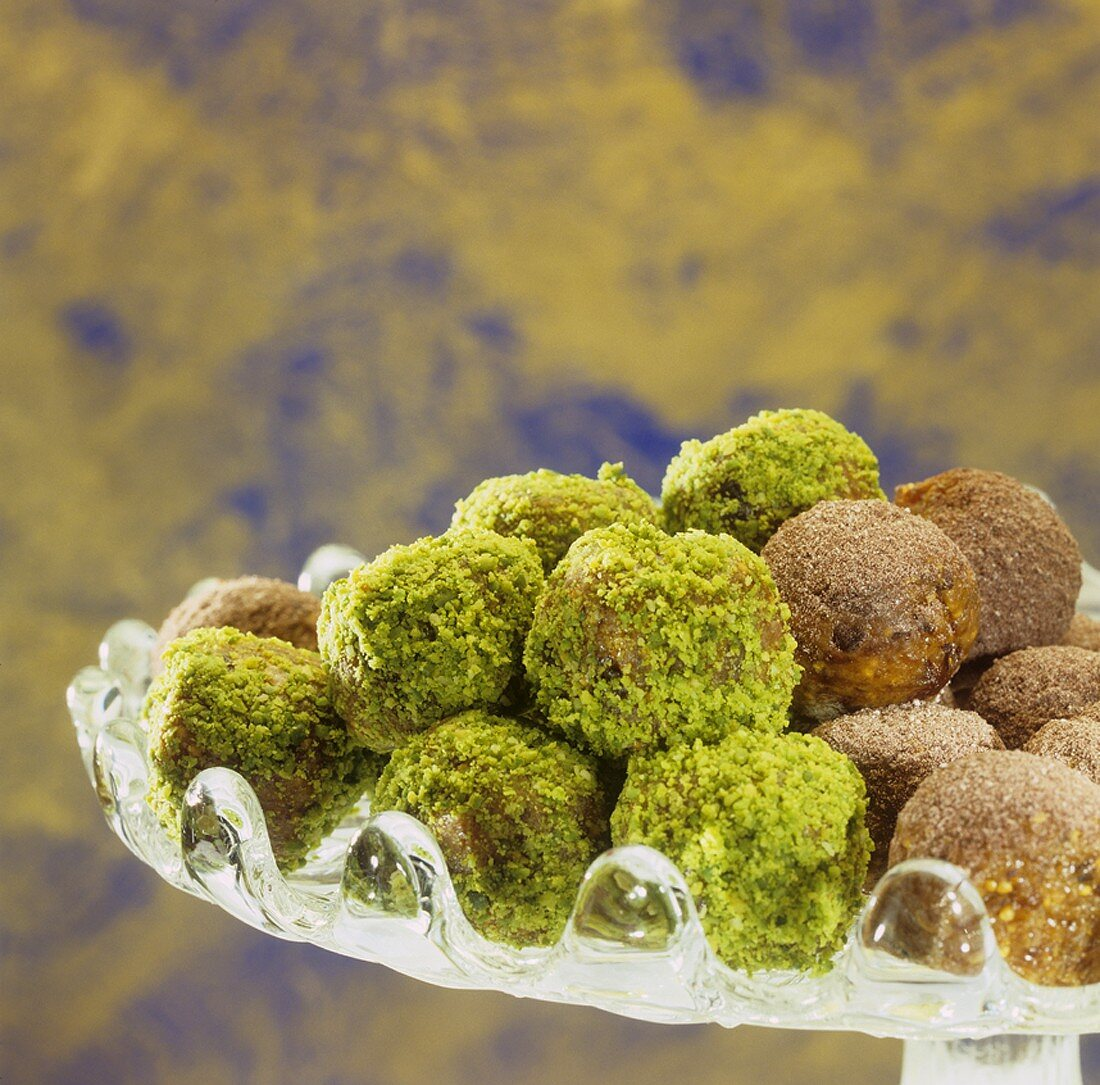 Fig sweets in a glass dish