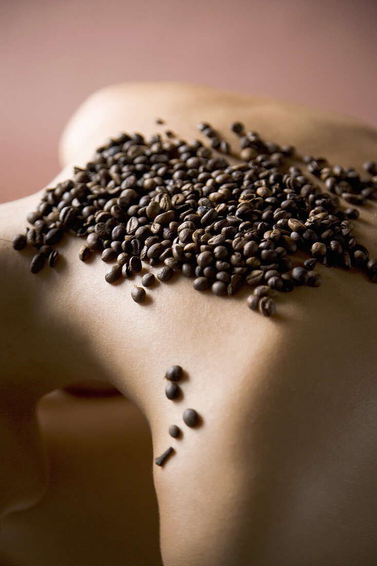 Body care treatment with coffee beans