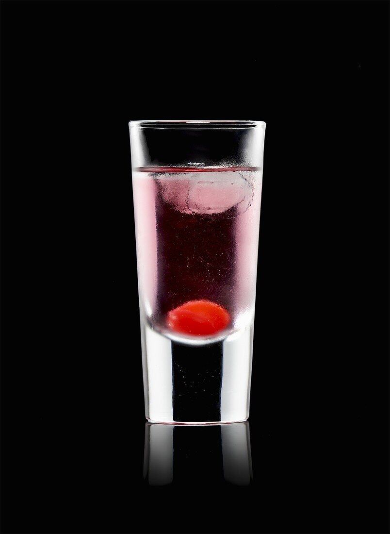 Aladin (Cocktail made with red vermouth, kirsch, grenadine)