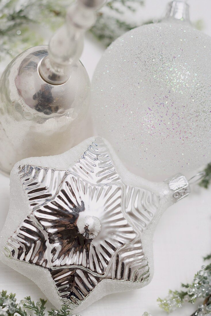 Silver Christmas tree ornaments (close-up)