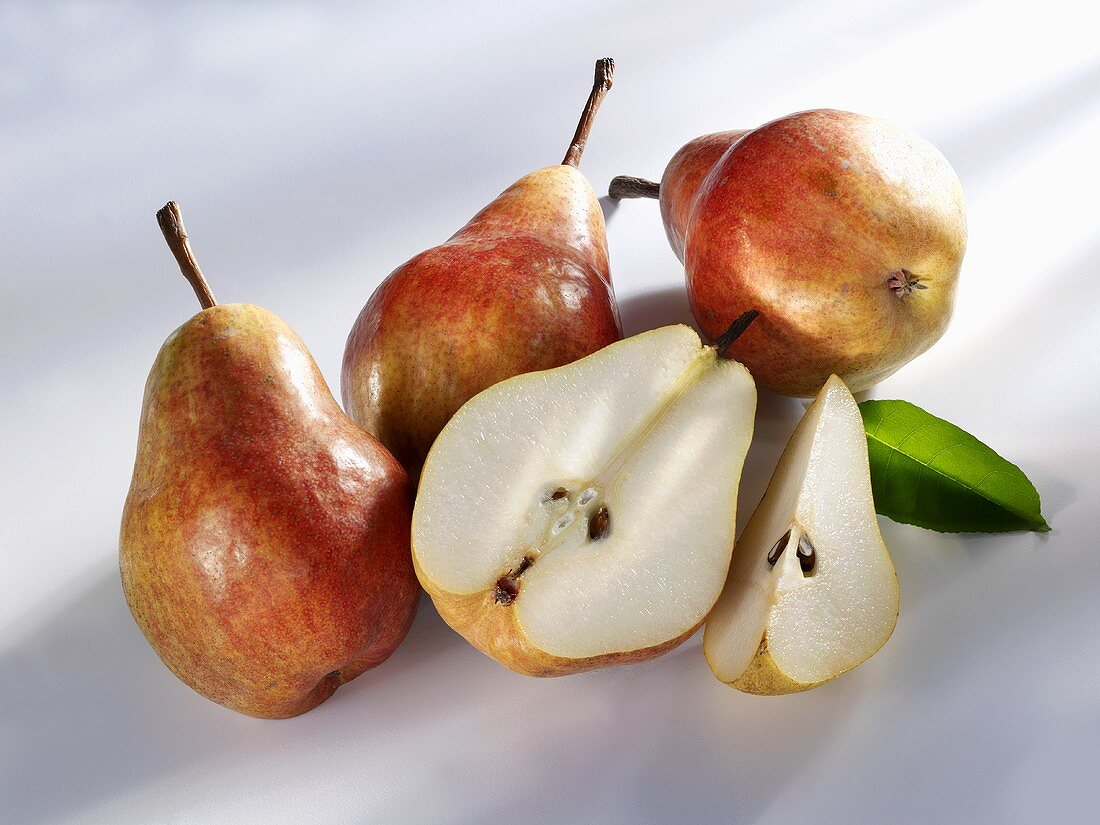 Red Williams pears