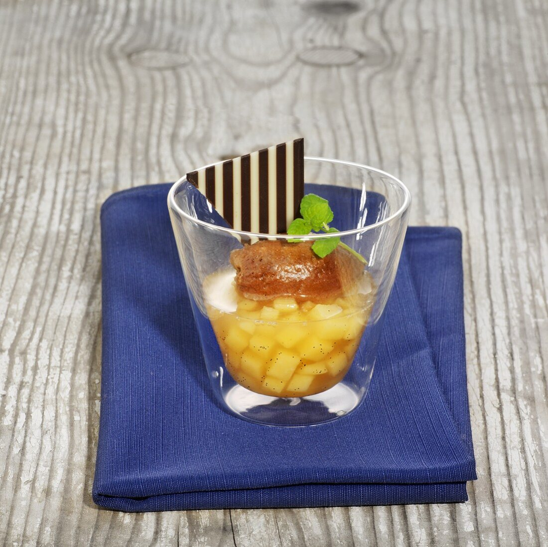 Quince jelly with chocolate gnocchi