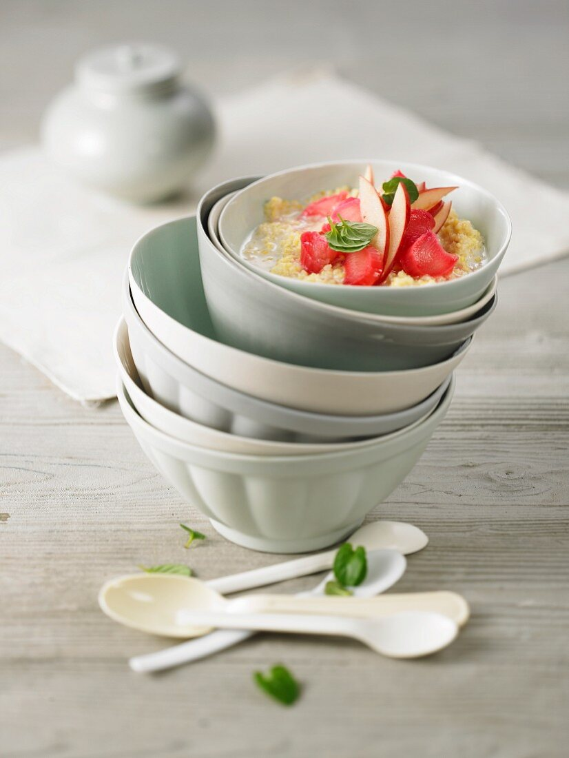 Crushed millet with rhubarb in bowl
