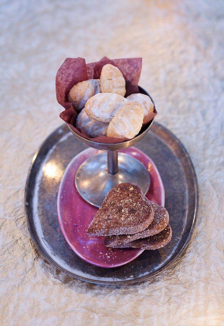 Almond biscuits for Christmas: Basler Brunsli & Zedernbrot