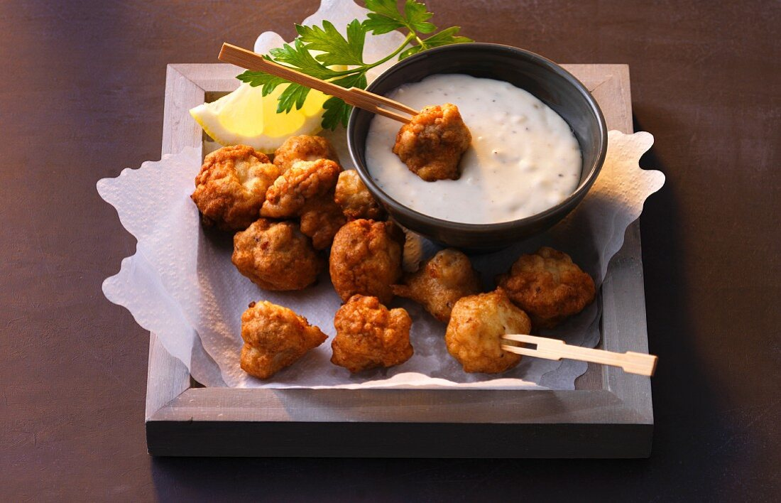 Anti-cancer nutrition: crispy mushrooms with a Gorgonzola dip