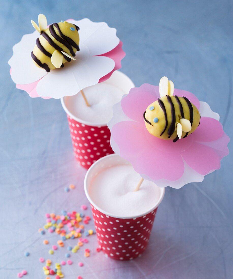 Bee-shaped cake pops