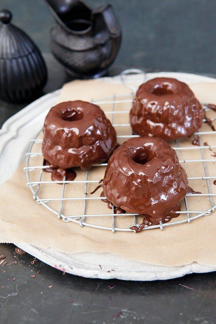 Mini Sacher Bundt cakes topped with chocolate glaze