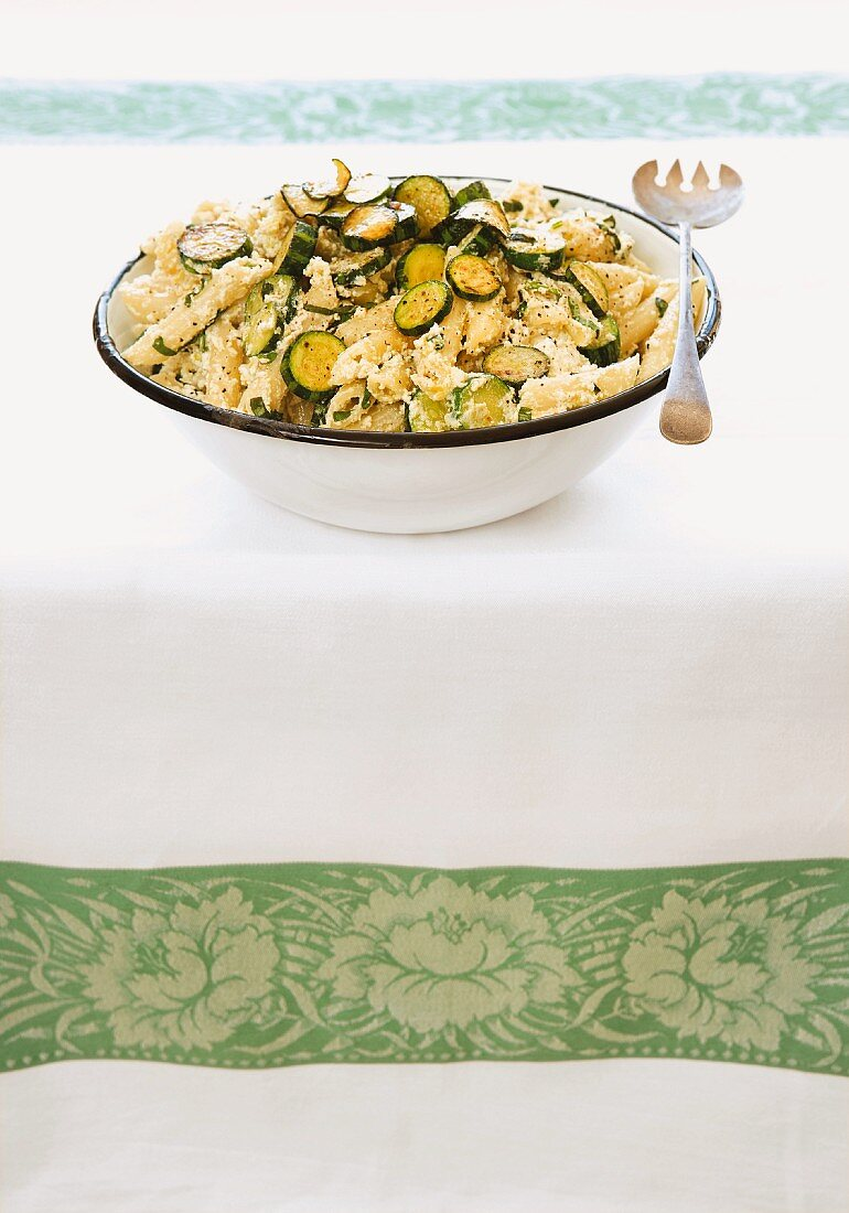 Penne pasta with courgette and ricotta
