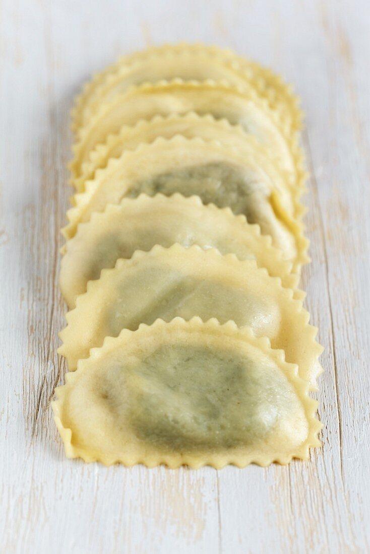 Fresh cappelletti spinaci
