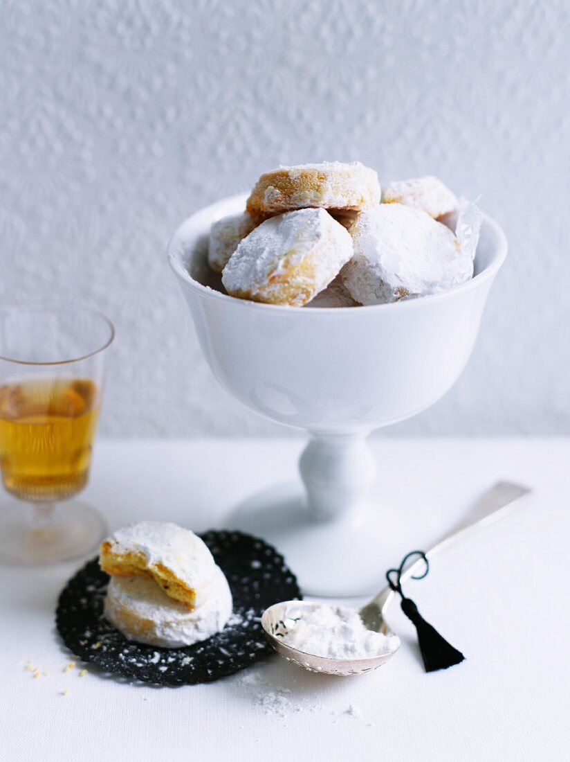Alfajores (biscuits from Spain)