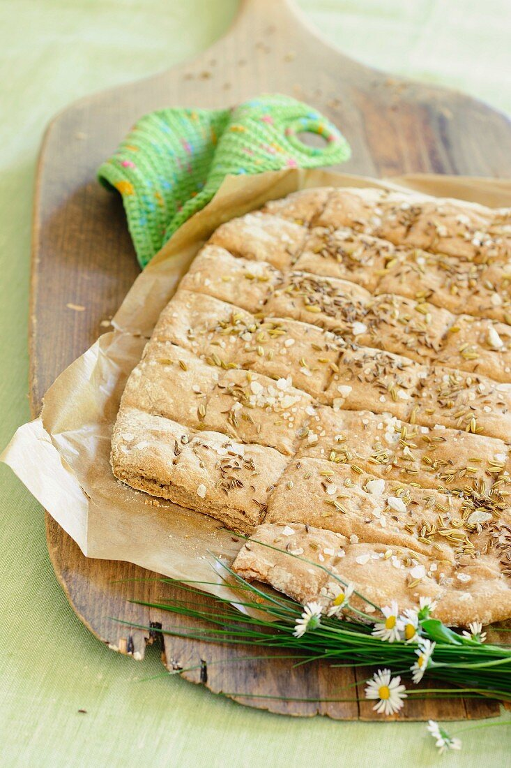 Easter cake with fennel and caraway